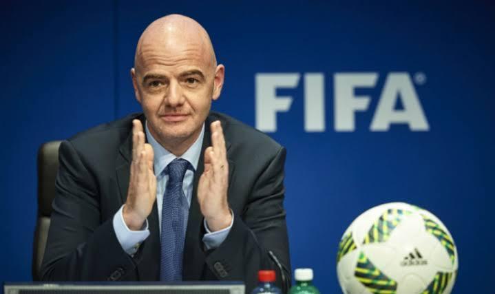 FIFA APOIA FUTEBOL COM 150 MILHÕES