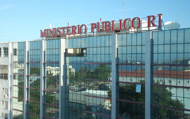 MINISTÉRIO PÚBLICO APERTA O FLAMENGO